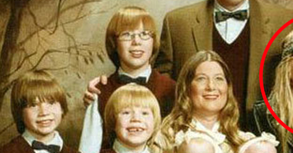11 most awkward family photos ever